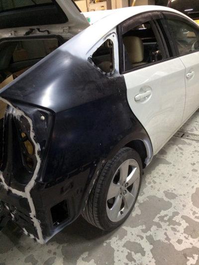 車のキズ・凹みや事故修理まで自動車修理の鈑金・塗装