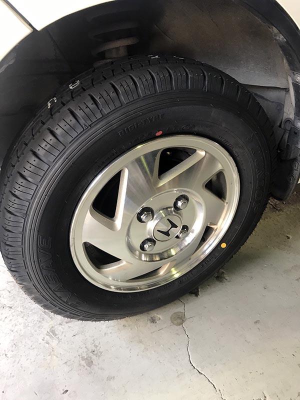 バモス タイヤ交換のご依頼|大阪・東大阪・八尾の車屋さんトミクル