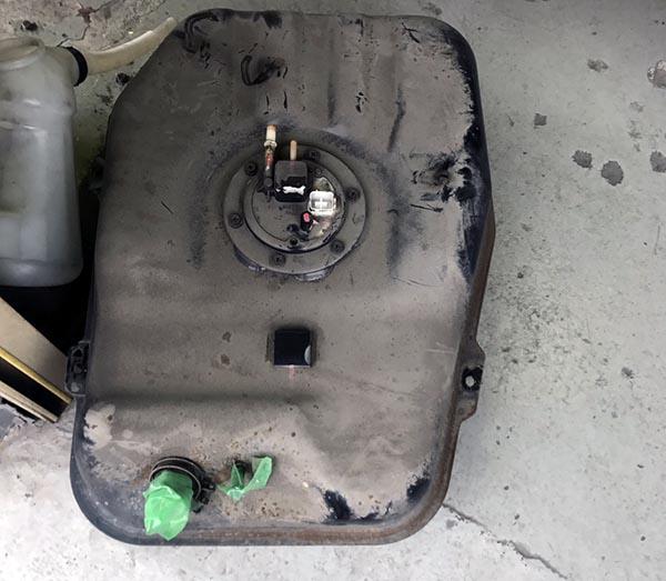 燃料ポンプ故障