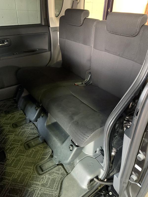 タント座席